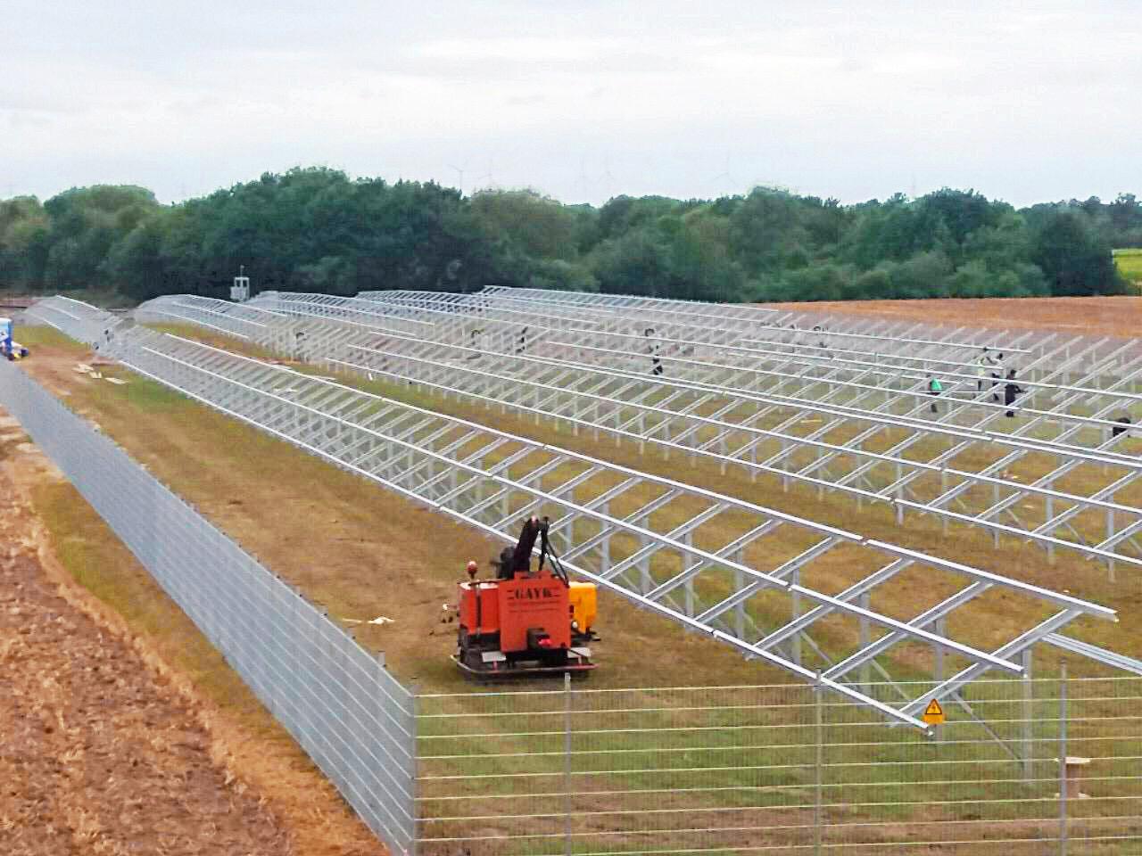SL Rack Freiflächensystem - 2V | Standort: Nordrhein-Westfalen, Deutschland | Leistung: 749 kWp