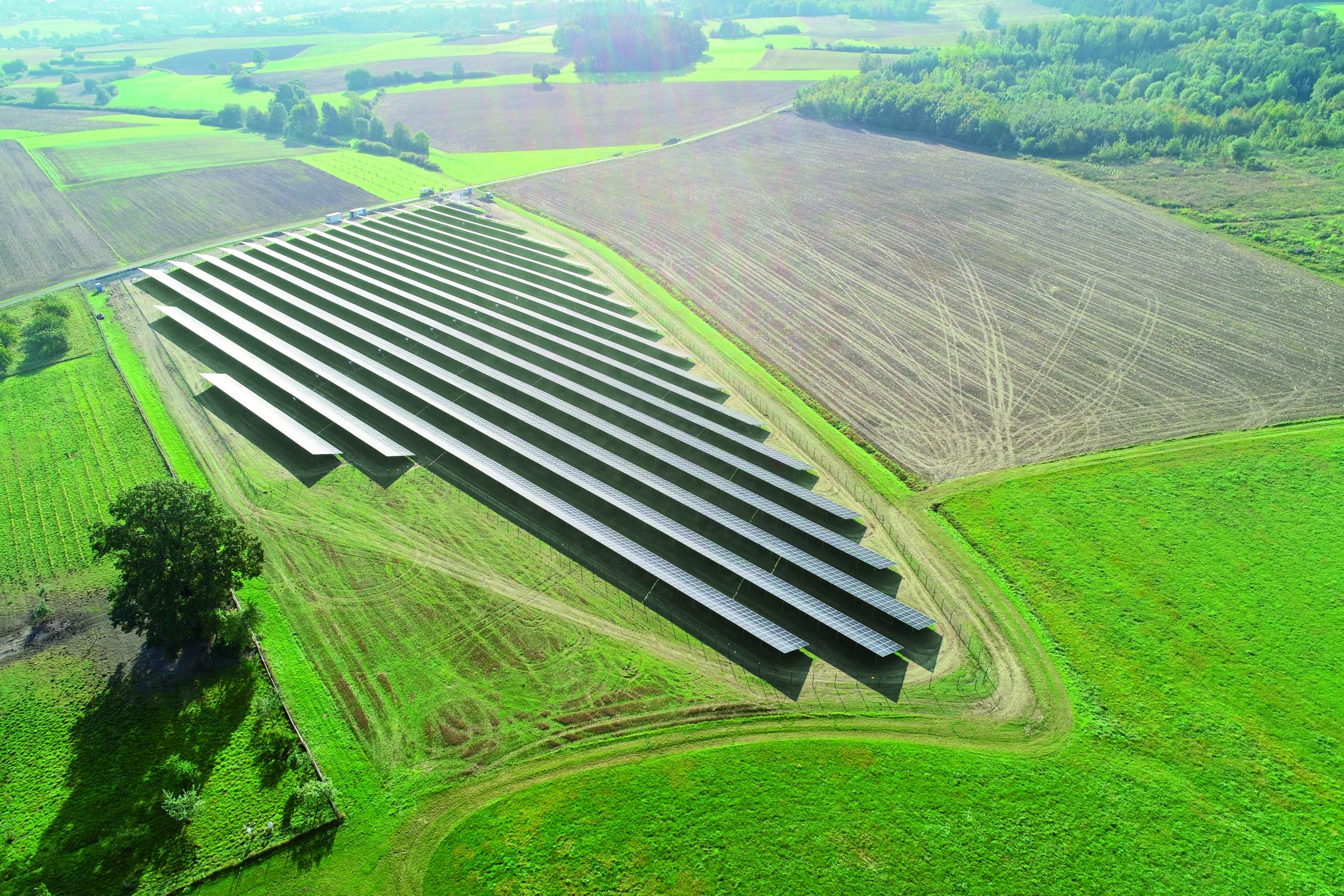 SL Rack Freiflächensystem - 3V | Standort: Bayern, Deutschland | Leistung: 5,8 MWp