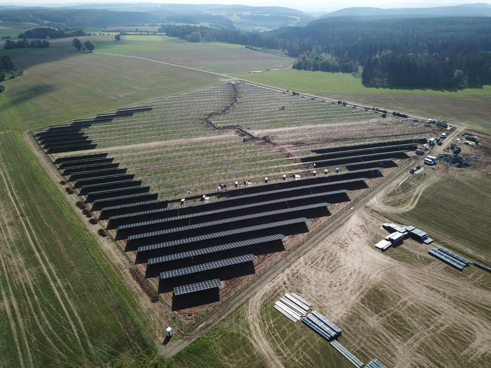 SL Rack Freiflächensystem - 3V | Standort: Bayern, Deutschland | Leistung: 15 MWp